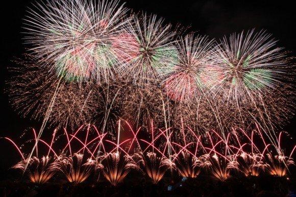 赤川花火大会の穴場スポット2019と駐車場や場所取りは?