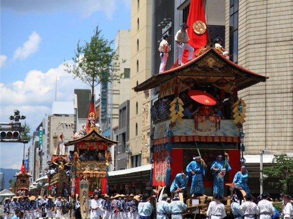 祇園祭2019の歩行者天国や宵山と巡行ルートは?