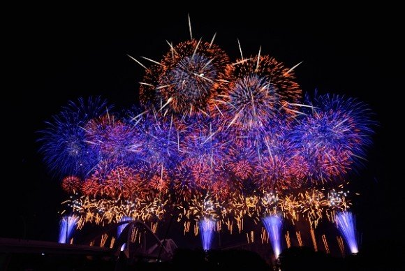 豊田おいでんまつり花火大会2019穴場スポットと場所取りや駐車場は?