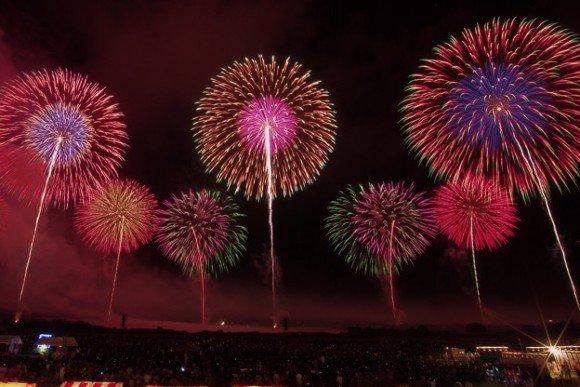 酒田花火ショーの穴場スポット2019と駐車場や観覧場所は?