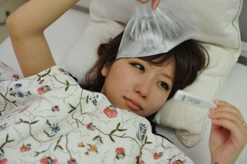 インフルエンザの潜伏期間や症状や予防と対策!風邪との違いは?