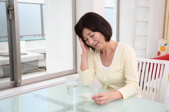 肩甲骨の痛みやコリの原因と痛みを和らげる方法