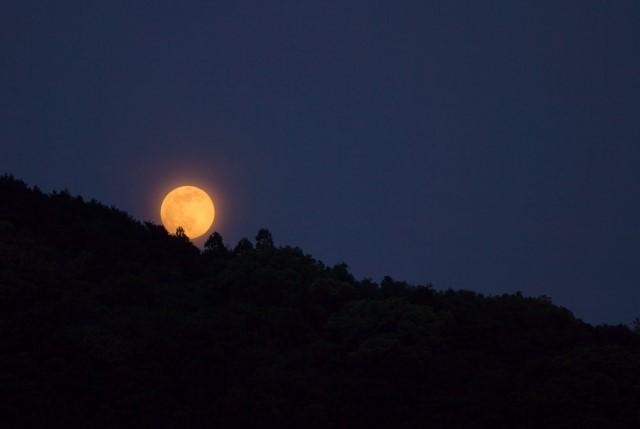 月の種類と名前の由来や意味【月の満ち欠けによる呼び名】